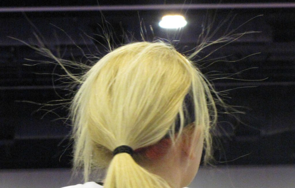 "img src=""http://studio39salon /images/static-electricity-hair.jpg"" alt=""Studio 39 Salon, Kansas City, MO"""