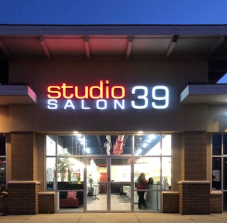 studio 39 salon lakewood at night